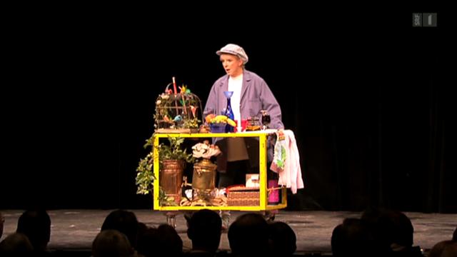 Ursula Schaeppi feiert Premiere mit dem Stück «Die Requisiteuse»