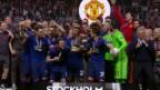 Video «Auch Zlatan feiert bei der Pokalübergabe mit» abspielen