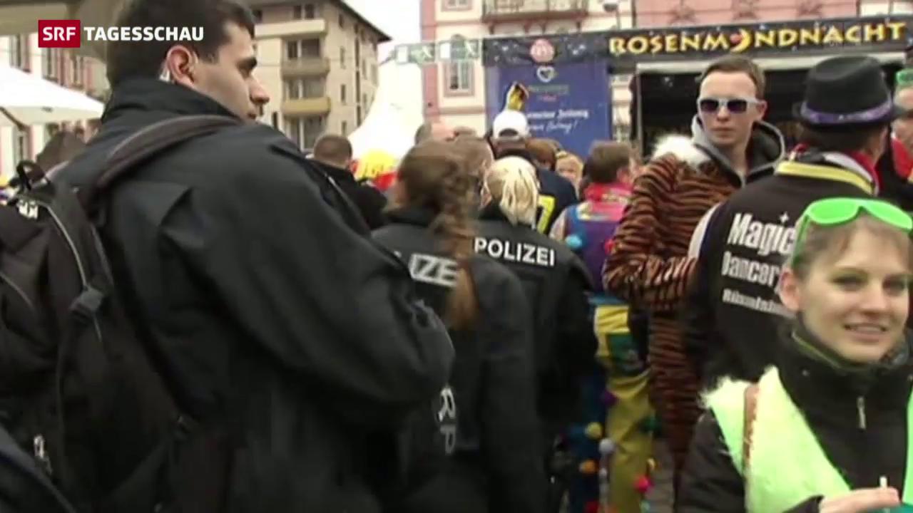 Karneval unter Polizeibeobachtung