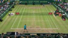 Link öffnet eine Lightbox. Video Live-Highlights Federer - Coric abspielen