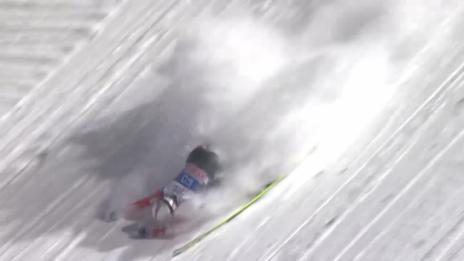 Video «Skispringen: Vierschanzentournee, Oberstdorf, Sturz Ammann» abspielen