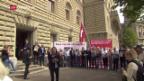Video «SVP reicht Initiative «Schweizer Recht statt fremde Richter» ein» abspielen