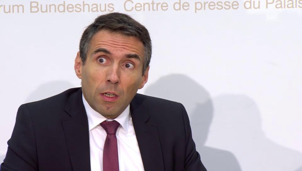 Robert Diethelm erklärt den gestrigen OSZE-Einsatz