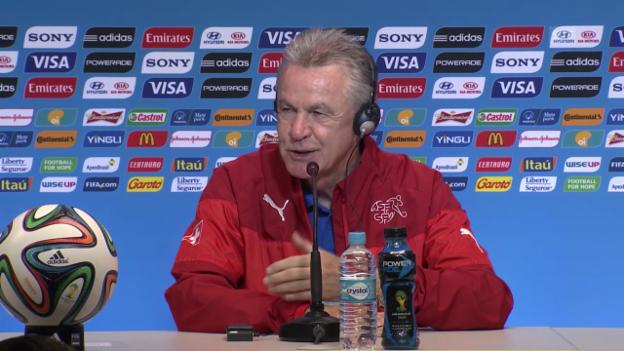 Video «Ottmar Hitzfeld vor dem Frankreich-Spiel» abspielen