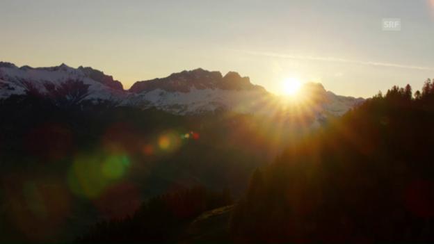 Video ««SRF bi de Lüt – Wunderland»: Heliflug Prättigau (GR)» abspielen
