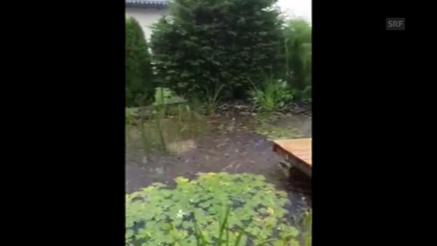 Video «Hagelsturm in Konolfingen (Zuschauervideo von Christian Stettler)» abspielen