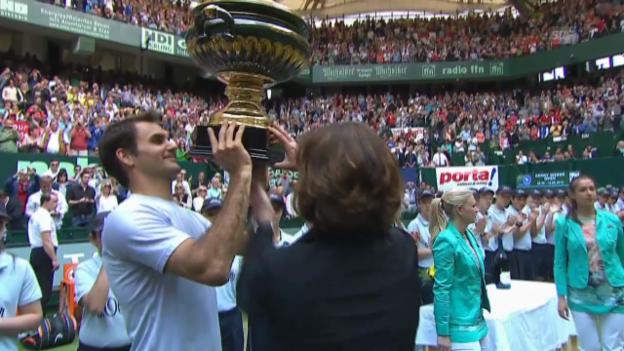 Video «Tennis: Federer in Halle und Wimbledon» abspielen