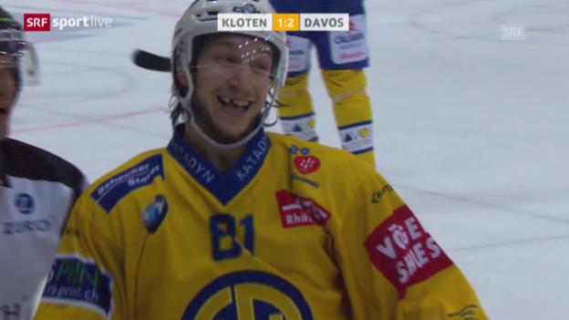 Video «Davos besiegt die Kloten Flyers auch auswärts» abspielen