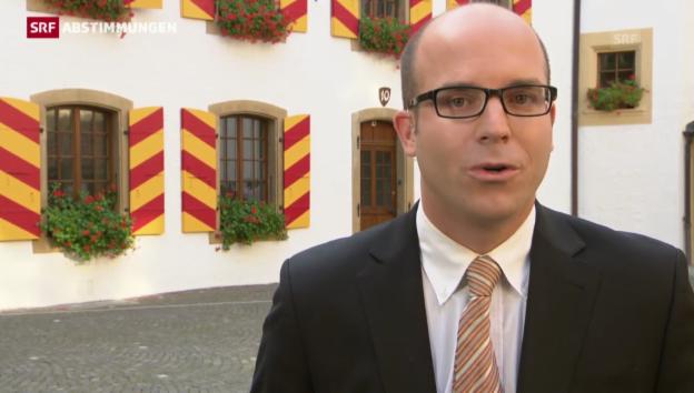 Video «RTS-Korrespondent Julien Guillaume zur Ersatzwahl in Neuenburg» abspielen