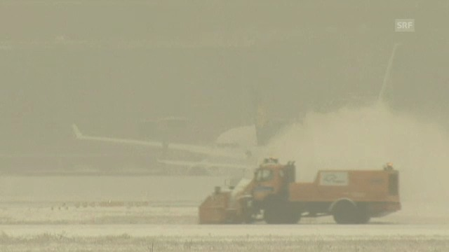 Schnee legt Frankfurter Flughafen lahm