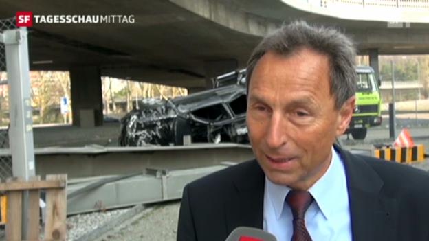 Video «Verfolgungsfahrt in Zürich: 1 Tote und 5 Verletzte» abspielen