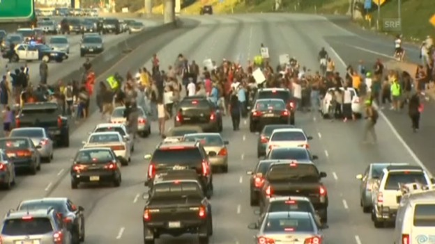 Video «Proteste gegen Urteil» abspielen