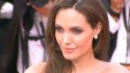 Video «Angelina Jolie - Hollywoo-Stars loben ihren Mut» abspielen
