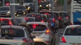 Video «Breite Unterstützung für neuen Strassenfonds» abspielen