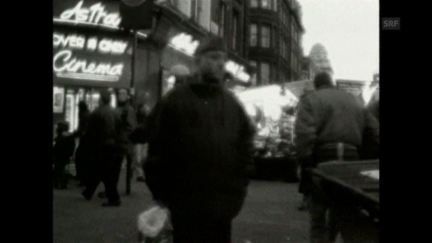 Video «Offizieller Videoclip des Hits «Children» (1996)» abspielen