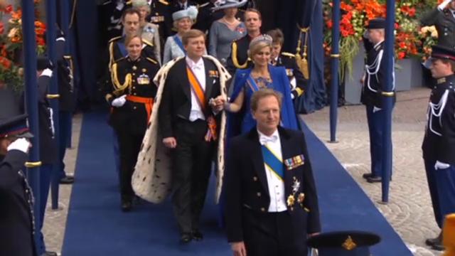 Holländische Royals und Gäste: Auszug aus der Kirche