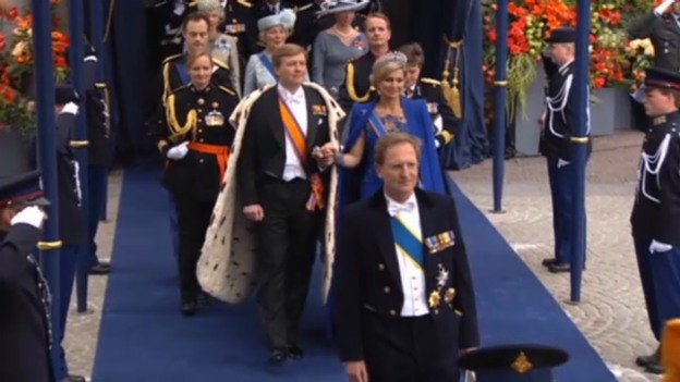 Video «Holländische Royals und Gäste: Auszug aus der Kirche» abspielen