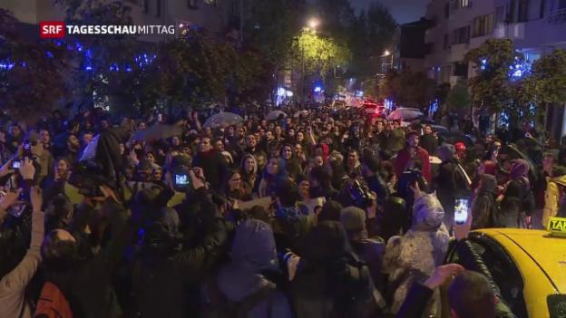Video «Referendumsgegner protestieren in der Türkei» abspielen
