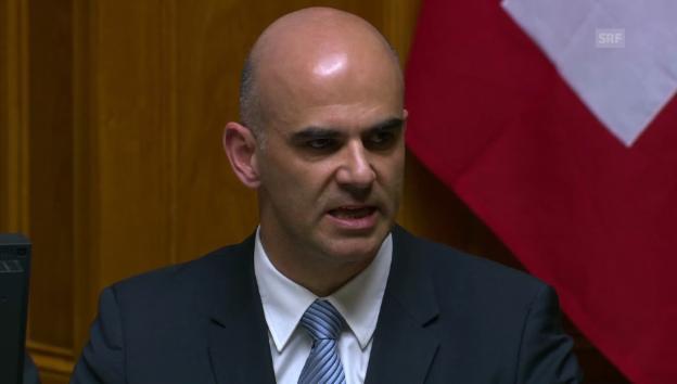 Video «Bundesrat Alain Berset will die Unterstützung des Nationalrats» abspielen