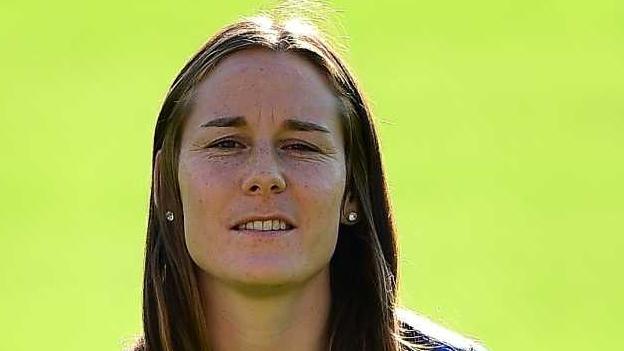 Anja Furger e sia via fin en la Super League