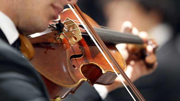 Der Aargauer Dirigent Thomas Baldinger gibt mit Schumann's Werk sein Abschiedskonzert in Suhr. (Andreas Capaul, 04.04.2013)