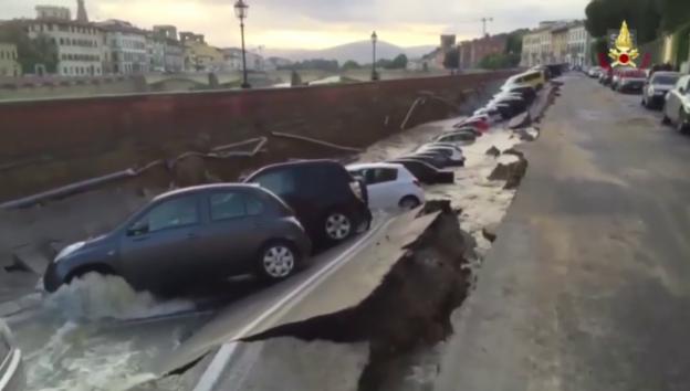 Video «Böse Überraschung für Autobesitzer in Florenz» abspielen