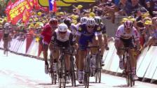 Video «Cavendish gewinnt 1. TdF-Etappe im Sprint» abspielen