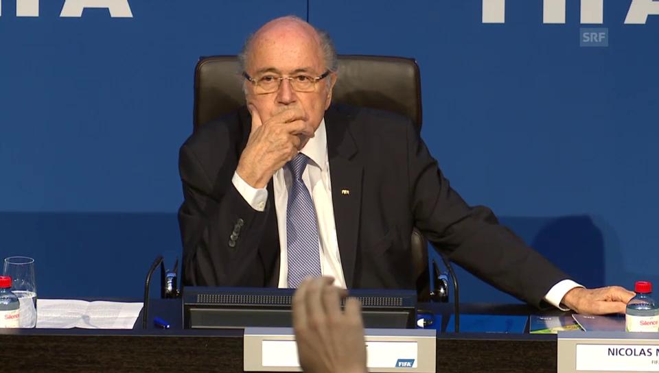 «Herr Blatter, wie viel verdienen Sie?»