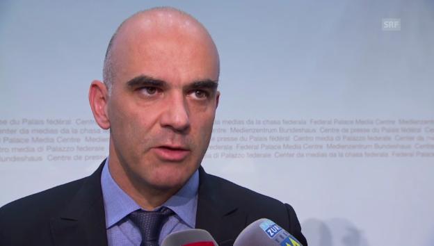 Video «Alain Berset zur Kostensteigerung im Gesundheitswesen» abspielen