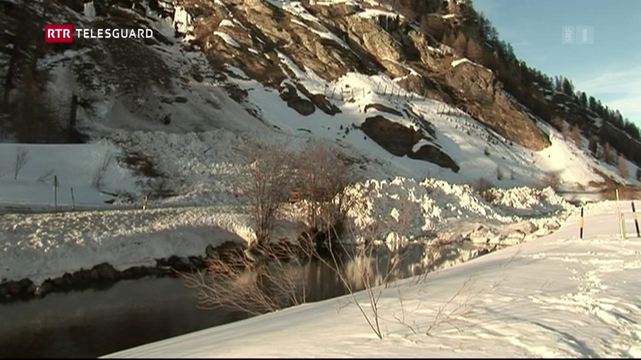 Ina lavina ha cuvert il glindesdi saira la via tranter Segl e Malögia