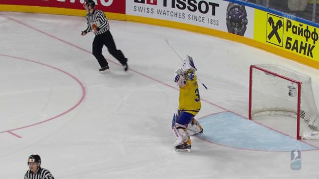 Video «Im Shootout: Schweden entthront Kanada» abspielen