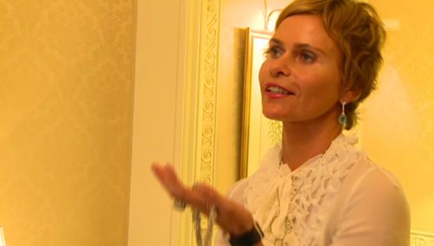 Video «Irina Beller über ihren Ballschmuck» abspielen