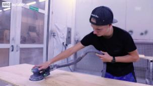 Video «Justin Vogt: Schreiner» abspielen