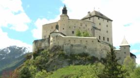 Video «Schweizer Schlösser und ihre Bewohner» abspielen