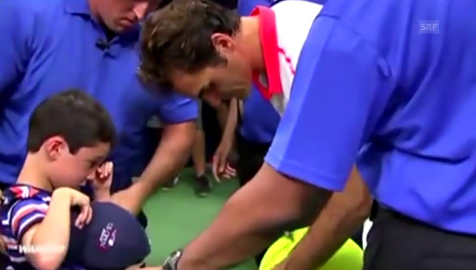 Federer rettet einen kleinen Jungen