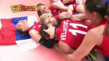 Link öffnet eine Lightbox. Video Der spektakuläre Matchball zu Serbiens WM-Titel abspielen