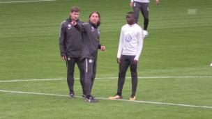 Video «Impressionen aus Schmidts 1. Training in Wolfsburg» abspielen