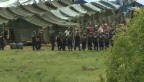 Video «Angespannte Stimmung im Lager von Röszke» abspielen