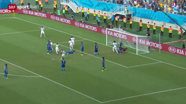 Video «Fussball: FIFA WM 2014, Kurzzusammenfassung Italien - Uruguay» abspielen