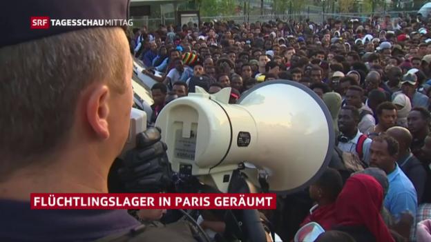 Video «Polizei räumt Flüchtlingslager in Paris» abspielen