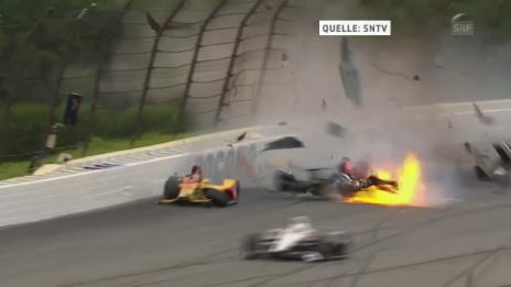 Link öffnet eine Lightbox. Video Horrocrash im IndyCar-Rennen abspielen