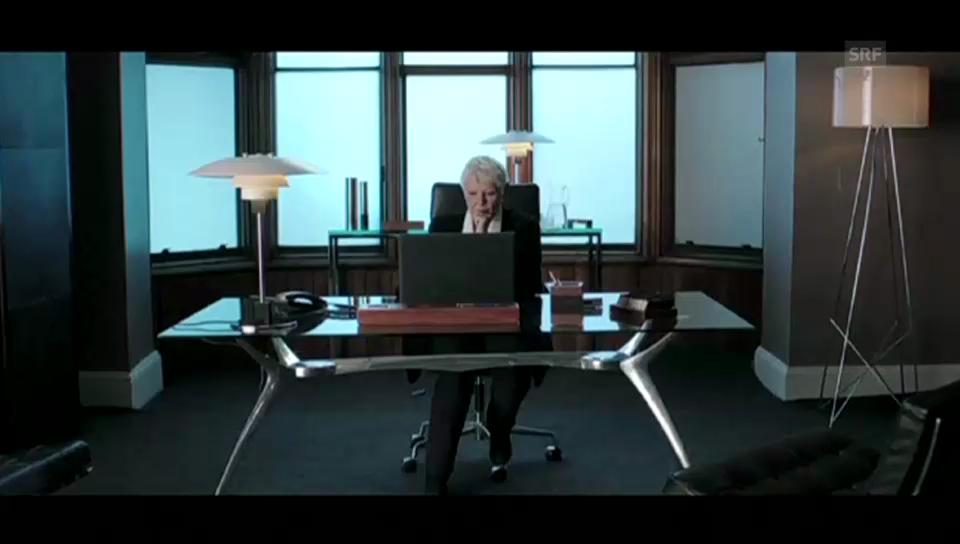 Judi Dench in diplomatischer Mission unterwegs (Originalsprache Englisch)