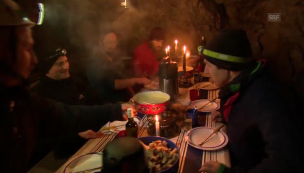 Video «SRF im Hölloch: Highlights der ersten Stunde» abspielen