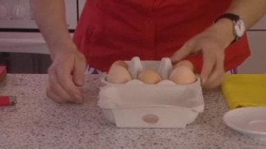 Gekochte Eier drehen perfekt