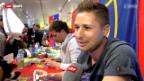 Video «Basels «99%-Meisterhelden» bei der Fan-Shop-Eröffnung» abspielen