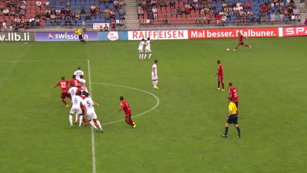 Video «Fussball: Super League, Vaduz - FCZ 2. Tor Muntwiler» abspielen