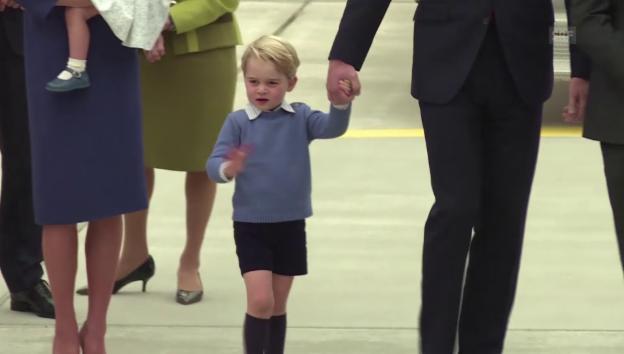 Video «Ankunft der Prinzenfamilie in Kanada» abspielen