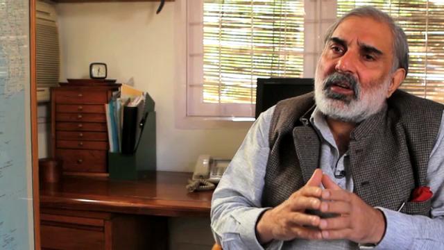 Journalist Rahul Bedi über ausländische Waffen-Verkäufer (engl.)