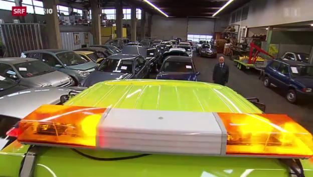 Video «Raserautos beschlagnahmt» abspielen