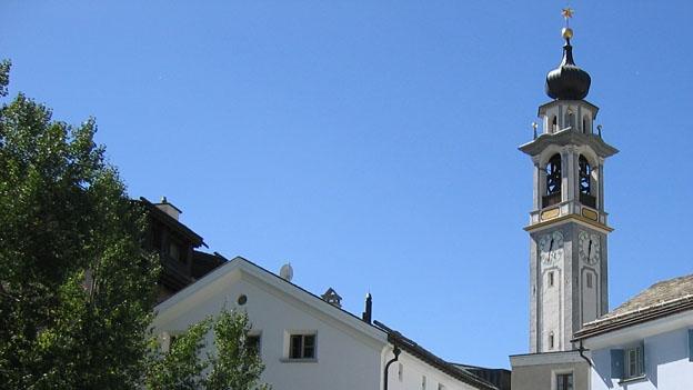 Glockengeläut der reformierten Kirche in Samedan
